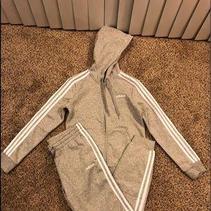 Adidas essentials sweatsuit